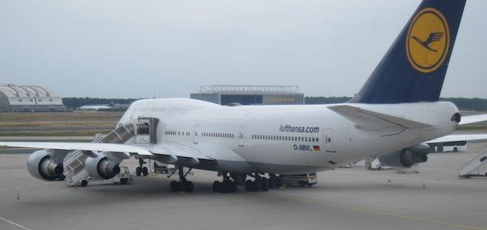 Lufthansa-Business-Class-7478-28