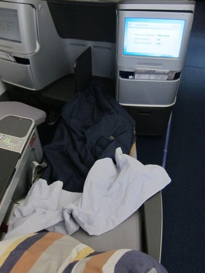 Lufthansa-Business-Class-7478-55