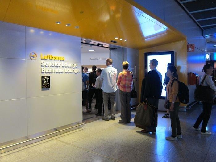 Lufthansa-Business-Lounge-Frankfurt-01