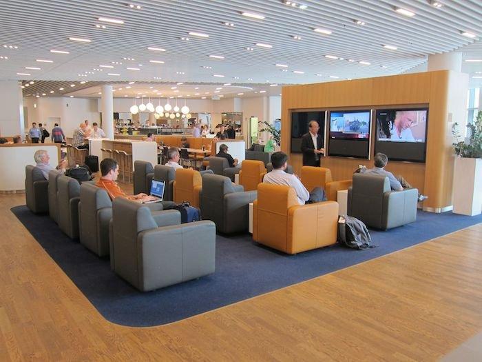 Lufthansa-Business-Lounge-Frankfurt-10