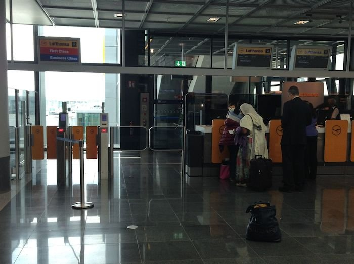 Lufthansa-Business-Lounge-Frankfurt-34