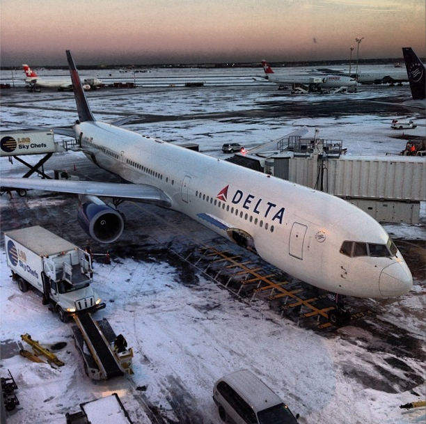 Snow-JFK-Airport