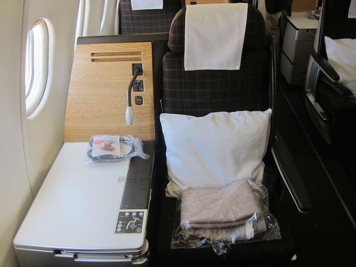 Swiss-Business-Class-A330-06