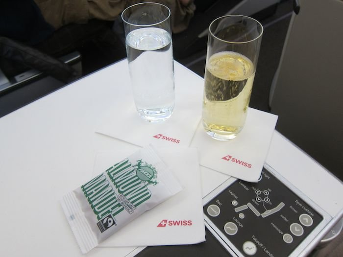 Swiss-Business-Class-A330-42