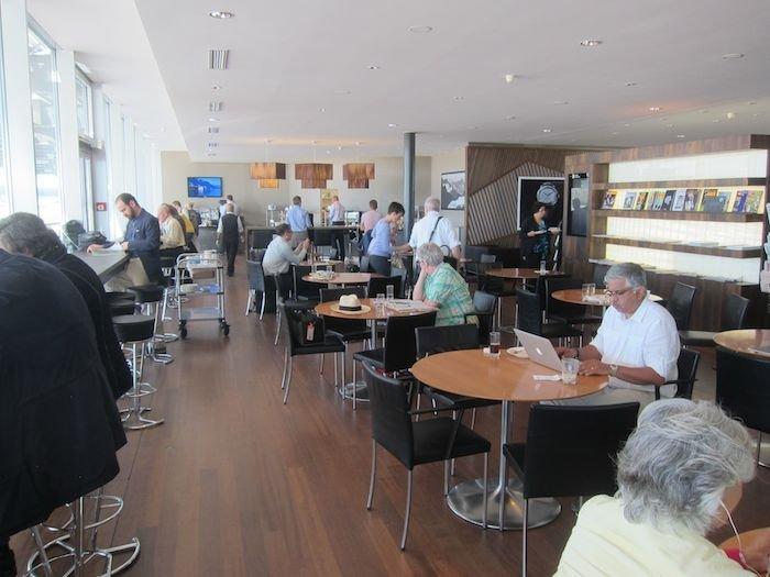 Swiss-Panorama-Lounge-Zurich-Airport-19
