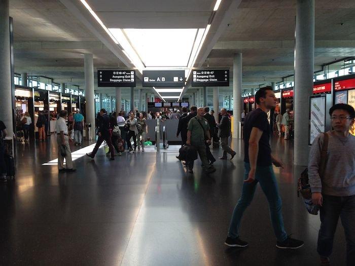 Swiss-Panorama-Lounge-Zurich-Airport-37