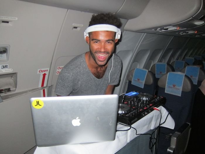 Brussels-Airlines-Tomorrowland-Flight-2014-15