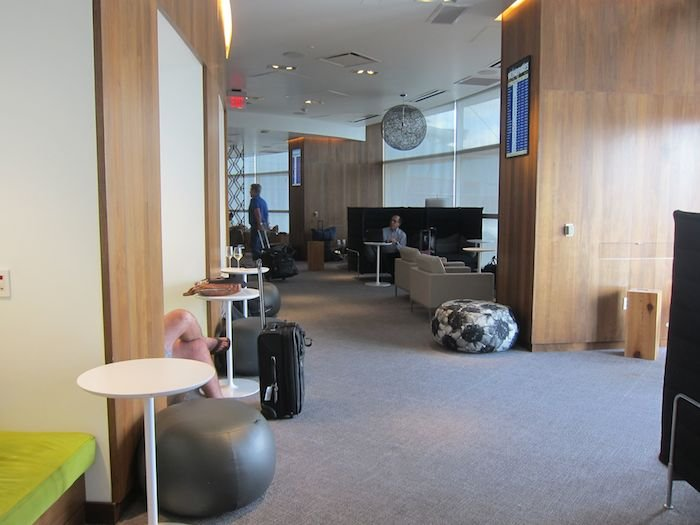 Amex-Centurion-Lounge-Las-Vegas-13