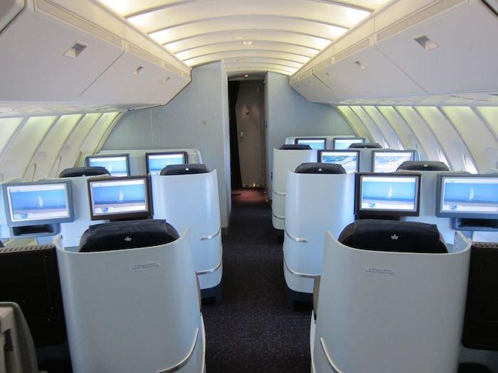 KLM-Business-Class-747-03