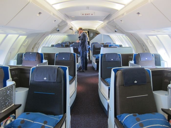 KLM-Business-Class-747-04