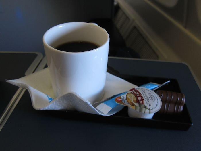KLM-Business-Class-747-64