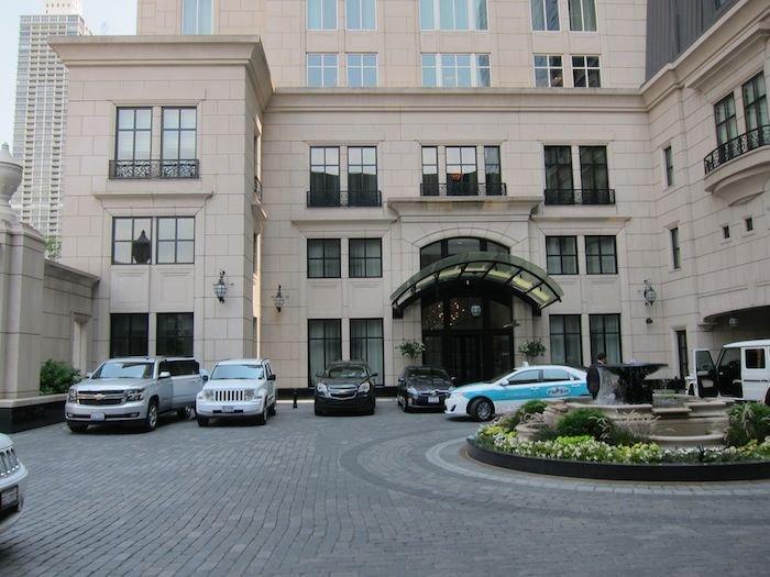 Waldorf-Astoria-Chicago-Hotel-02