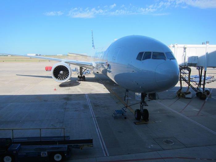 American-Business-Class-777-02