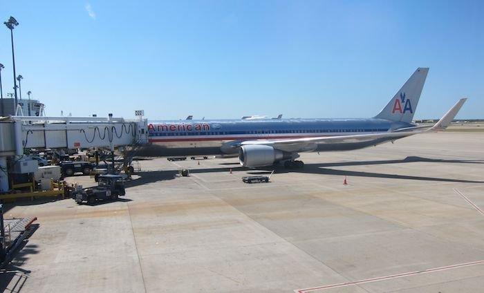 American-Business-Class-777-13