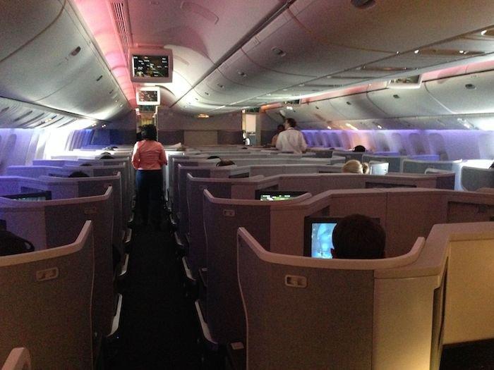 American-Business-Class-777-41