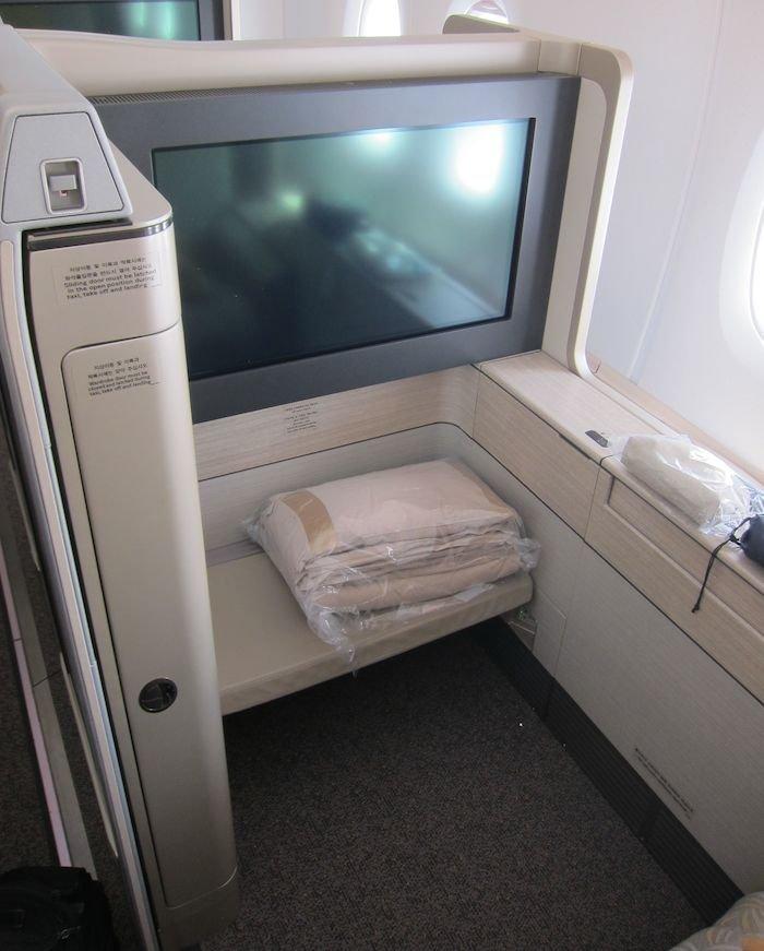 Asiana-A380-First-Class-004
