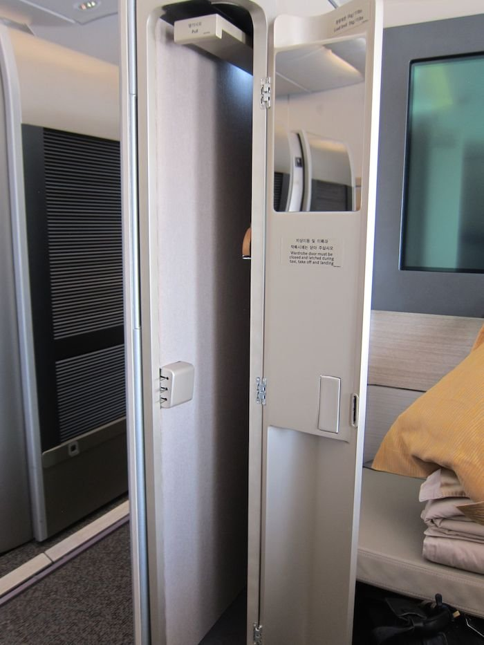 Asiana-A380-First-Class-013