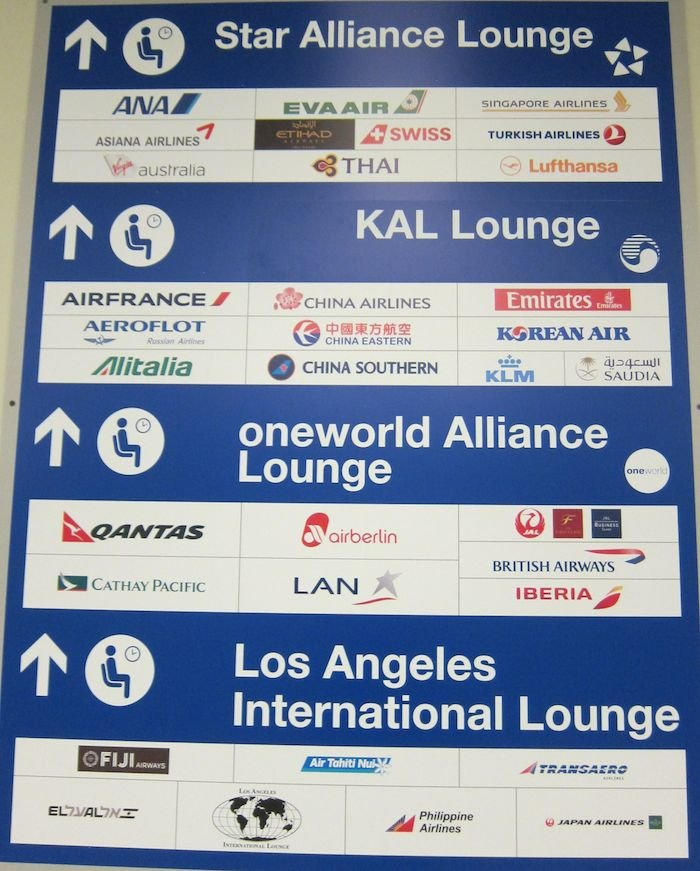 Star-Alliance-First-Lounge-LAX-09