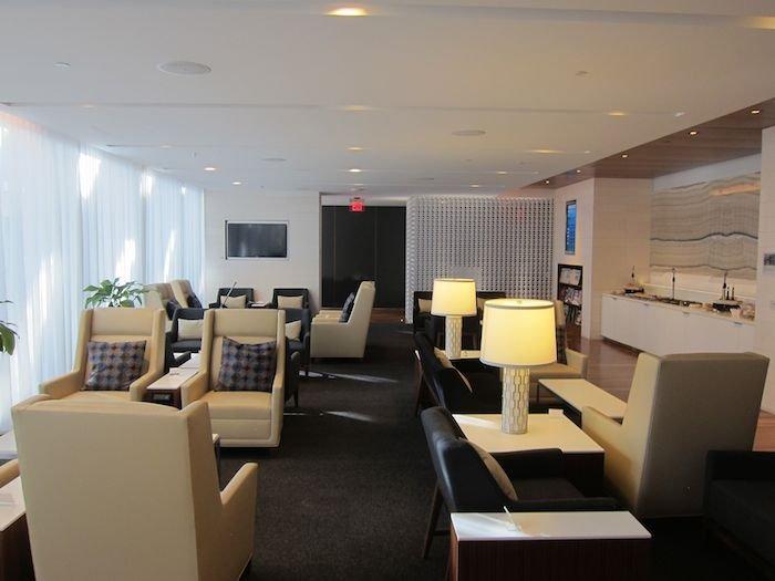 Star-Alliance-First-Lounge-LAX-17