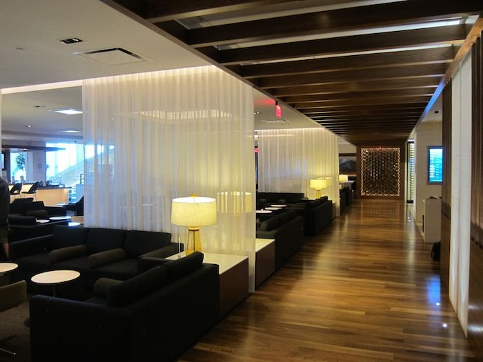 Star-Alliance-Lounge-LAX-03