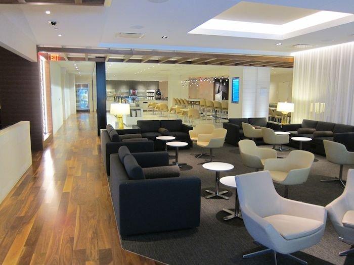 Star-Alliance-Lounge-LAX-09