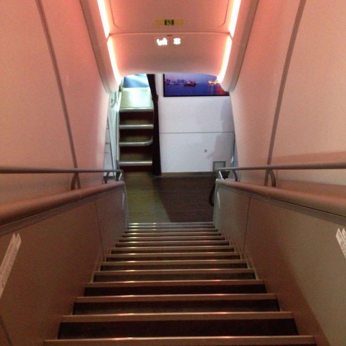 Qatar-Airways-A380-First-Class-031