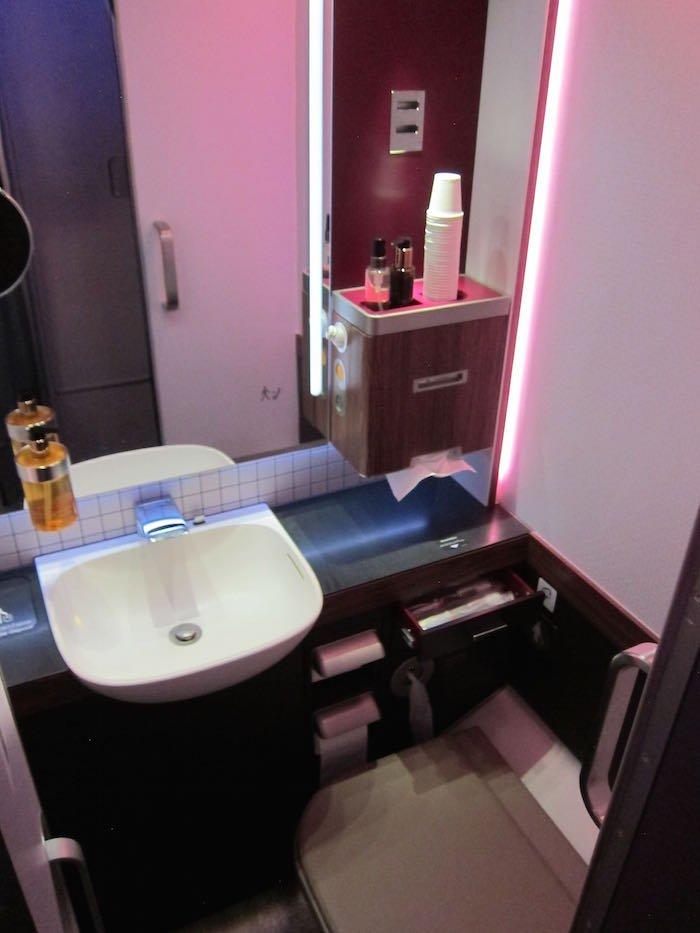 Qatar-Airways-A380-First-Class-090
