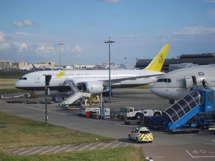 Qatar-Airways-A380-First-Class-107