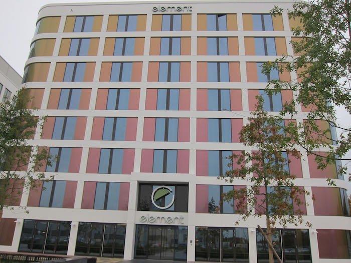 Element-Frankfurt-Airport-Hotel-01