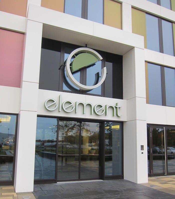 Element-Frankfurt-Airport-Hotel-02