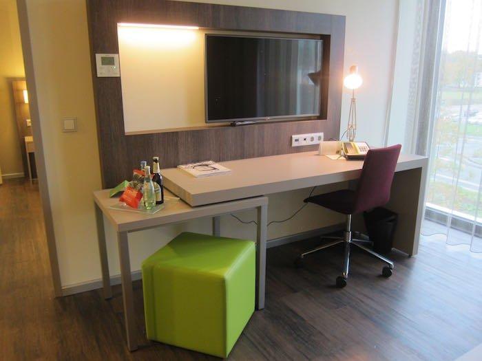Element-Frankfurt-Airport-Hotel-15