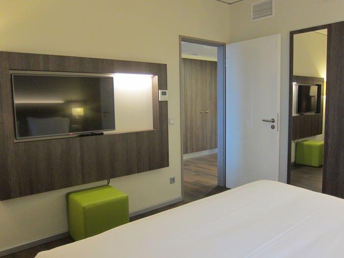 Element-Frankfurt-Airport-Hotel-21