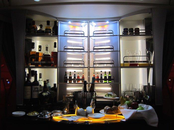 Emirates-Bar