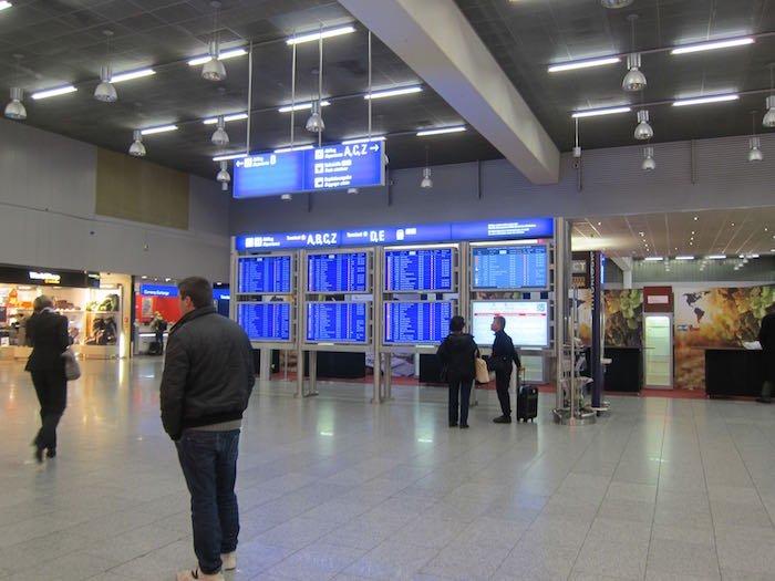 Lufthansa-Senator-Lounge-Frankfurt-05