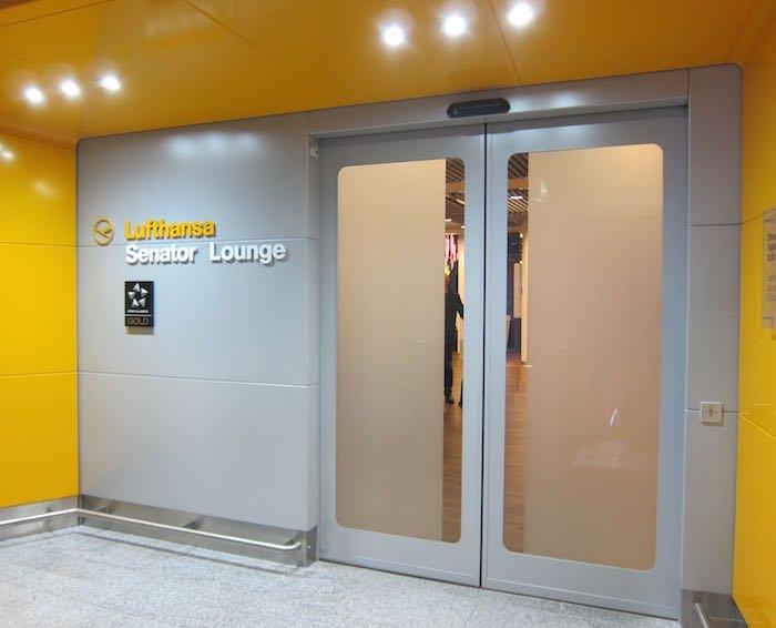 Lufthansa-Senator-Lounge-Frankfurt-11