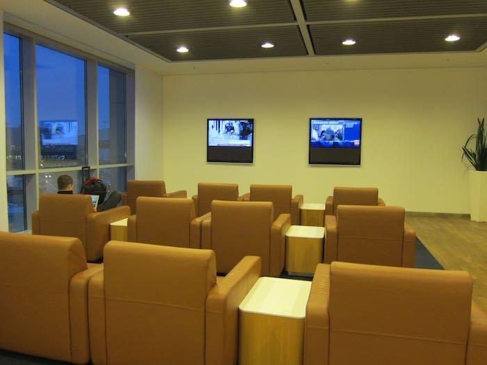 Lufthansa-Senator-Lounge-Frankfurt-16