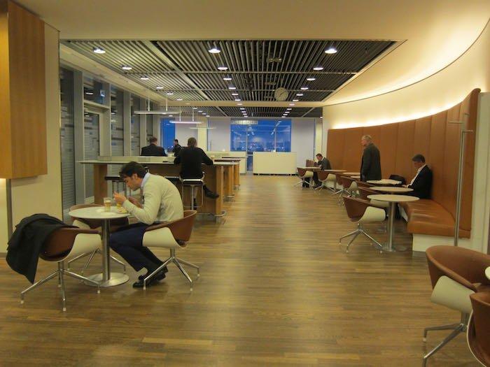 Lufthansa-Senator-Lounge-Frankfurt-20