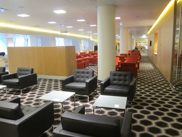 Qantas-First-Lounge-LAX-06