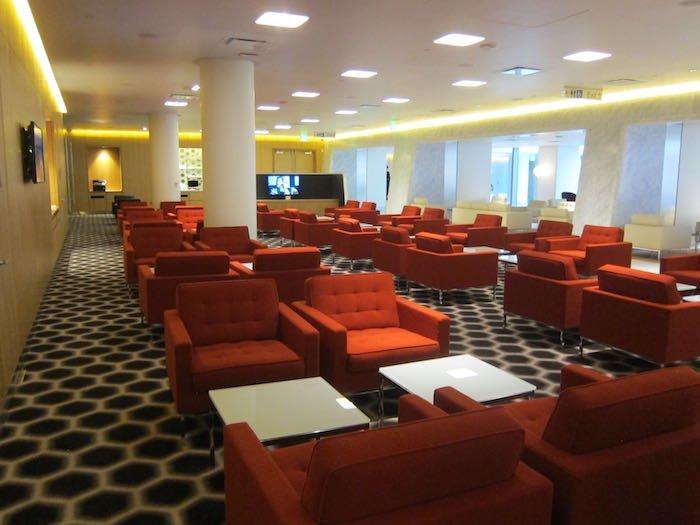 Qantas-First-Lounge-LAX-07