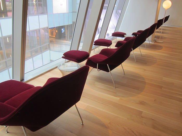 Qantas-First-Lounge-LAX-11
