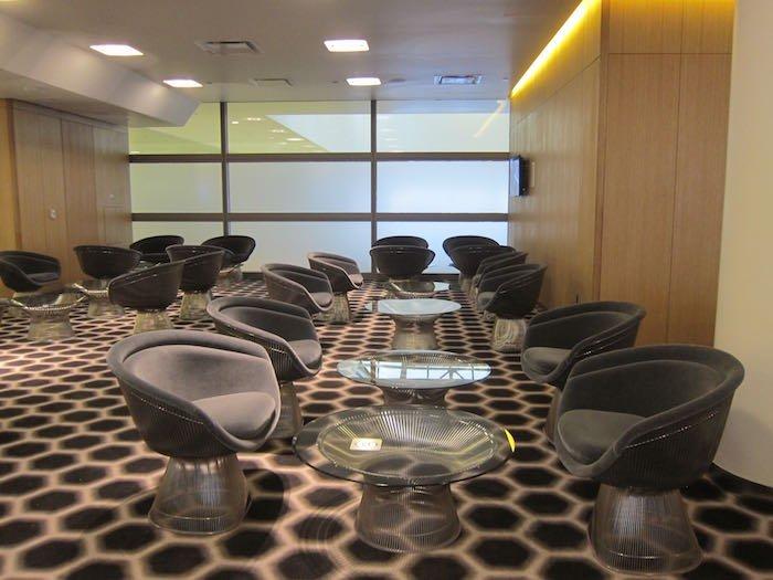 Qantas-First-Lounge-LAX-13