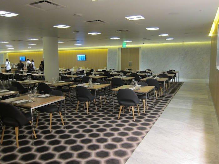 Qantas-First-Lounge-LAX-17