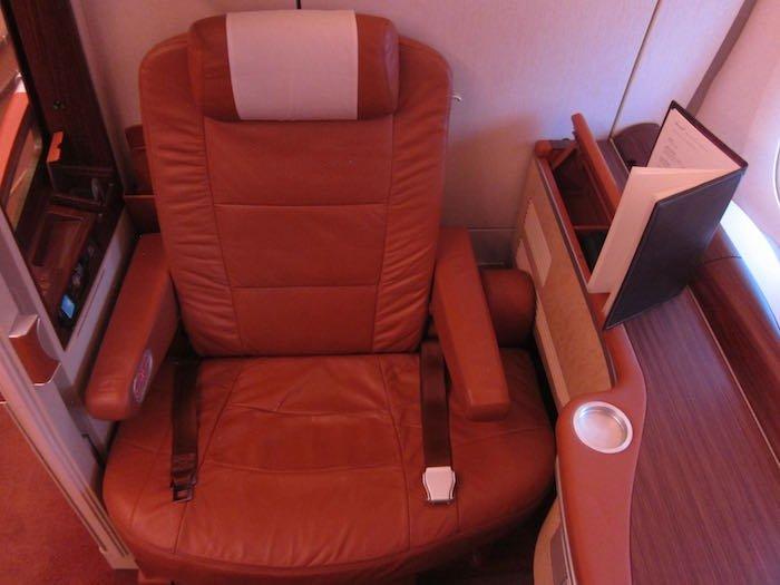 Singapore-Airlines-A380-Suites-04