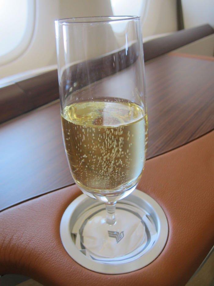 Singapore-Airlines-A380-Suites-37