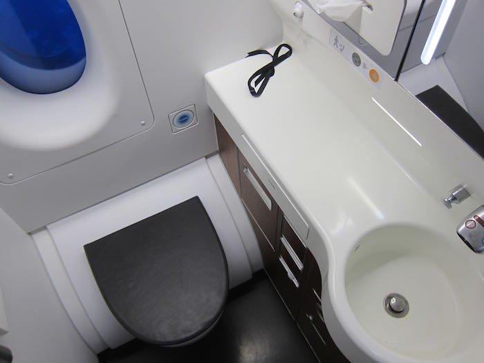 Qantas-A380-First-Class-58