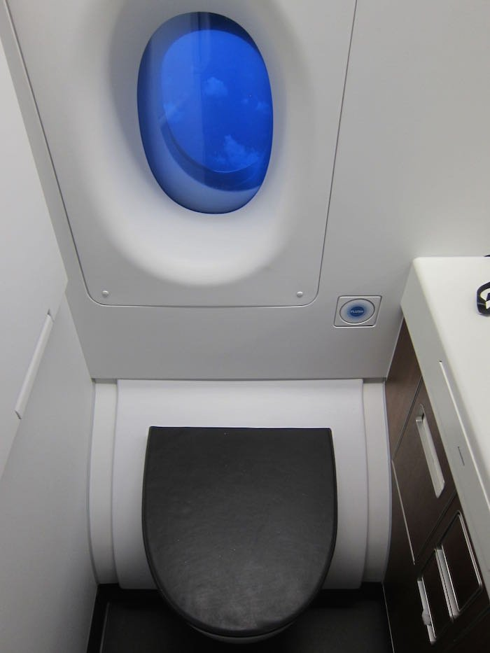 Qantas-A380-First-Class-59