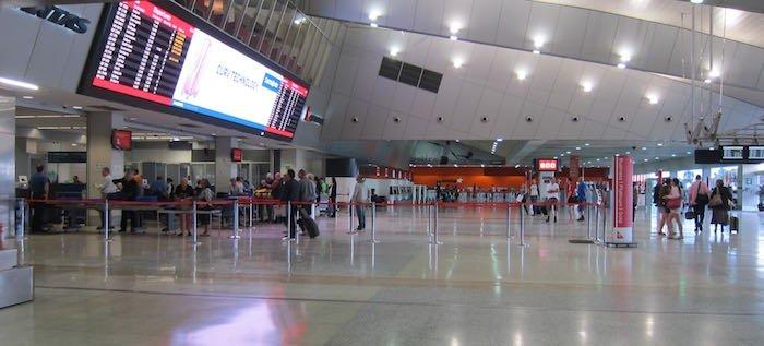 Qantas-Club-Melbourne-Airport-04