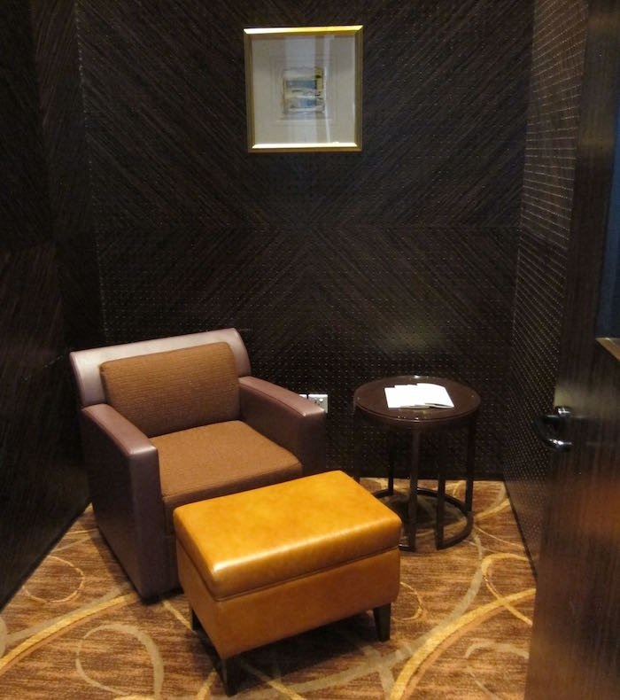 Singapore-Airlines-Private-Room-18