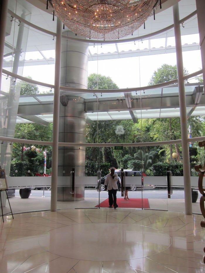 St-Regis-Singapore-Suite-01