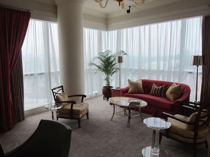 St-Regis-Singapore-Suite-08